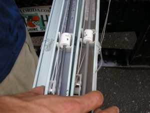 Blind Cleaning in Tampa - Side by Side Comparison